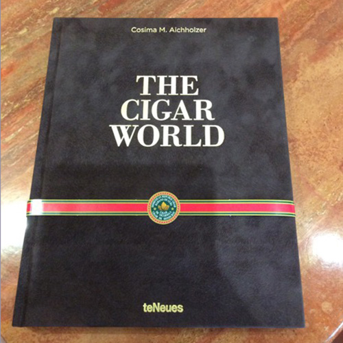 The Cigar World by Cosima Aichholzer