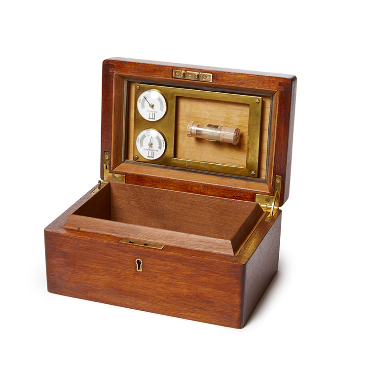 Vintage Cigar Humidor 41