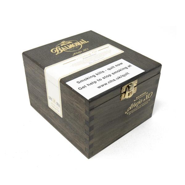 Balmoral - Dominican Republic - Anejo XO Rothschild Massivo (Box of 20)