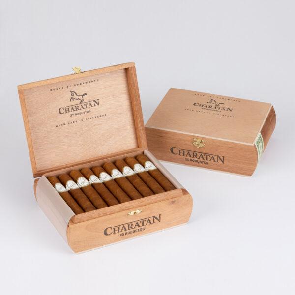 Charatan - Nicaragua - Robusto (Box of 25)